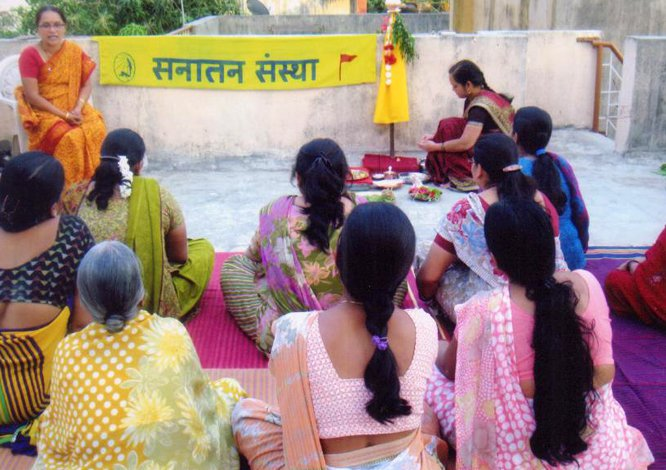 Explaining the importance of celebrating new year on Gudipadwa as per Hindu Calendar