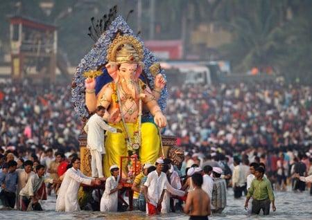 Huge Ganapati Idol