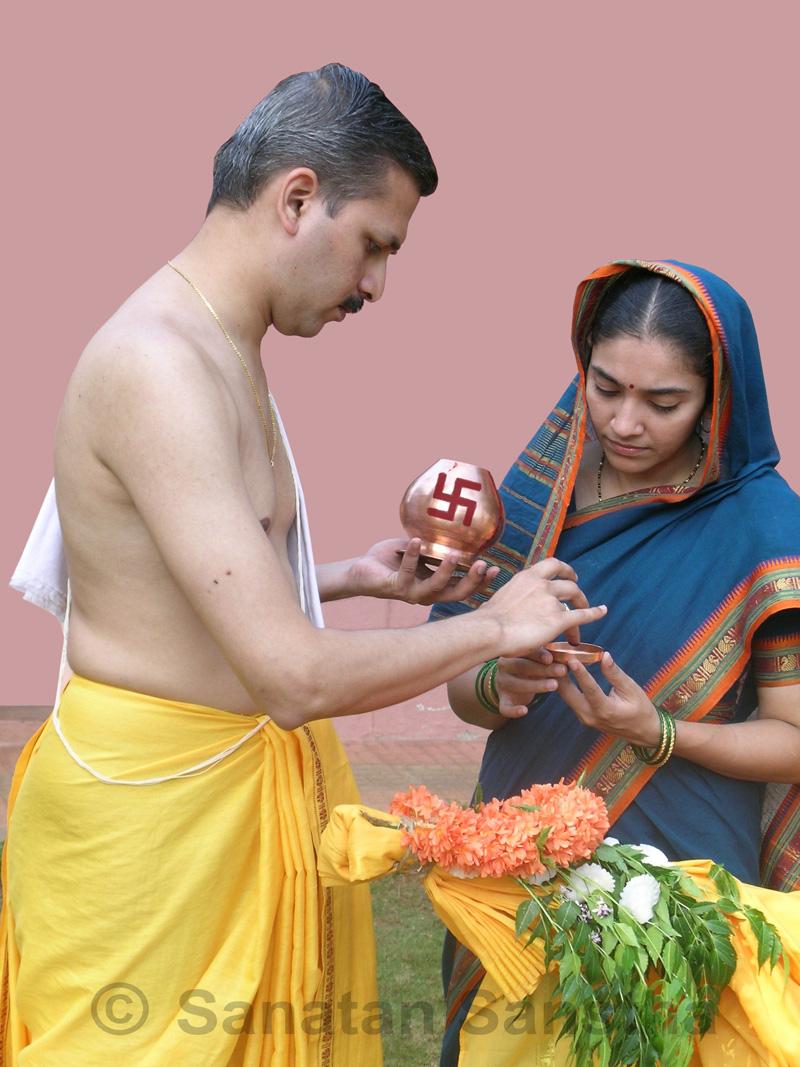 Gudhila_laganare_Sahitya_bk