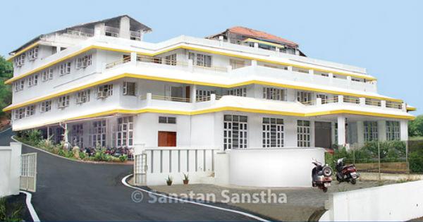 Sanatan_Ashram_Goa