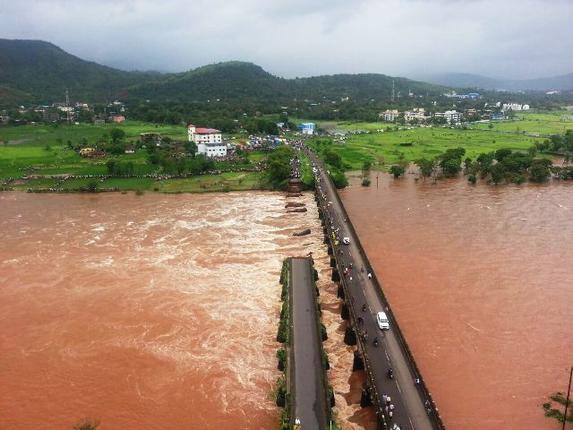 savitri_river_flood_3